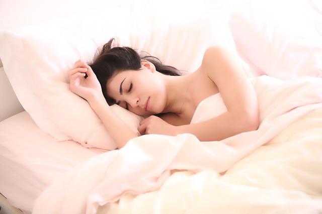 Ini Dia Penyebab Timbulnya Rasa Pusing Saat Bangun Tidur