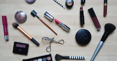 Jenis-Jenis Kosmetik yang Sebaiknya Disimpan dalam Kulkas