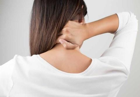 Penyebab Gangguan Sakit Leher