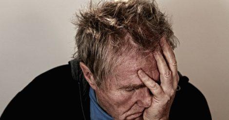 Tanda-Tanda Anda Bukan Menderita Sakit Kepala Biasa