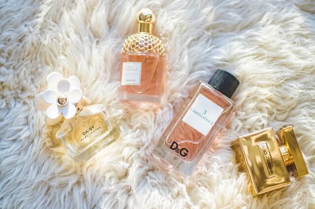 Tips Agar Wangi Parfum Bisa Lebih Bertahan Lama