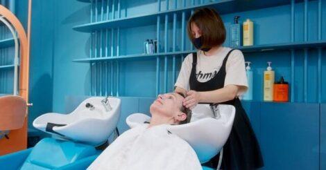 7 Tips Merawat Rambut Berwarna Agar Tetap Sehat