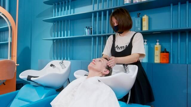 Tips Merawat Rambut Berwarna Agar Tetap Sehat